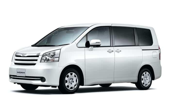 Toyota Nav-1 Depan