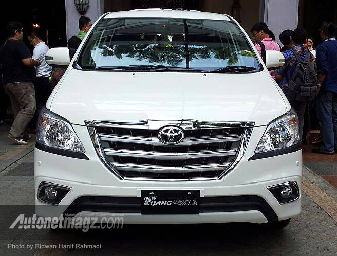 Grand New Kijang Innova Front Grille