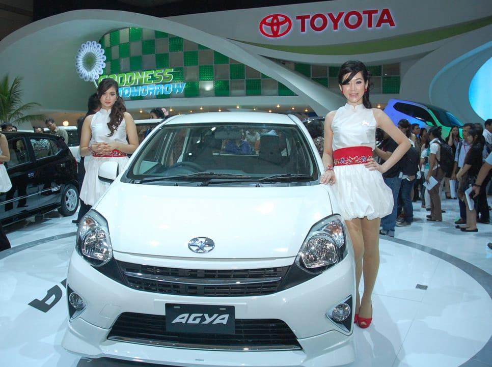 Toyota-Agya-terbaru