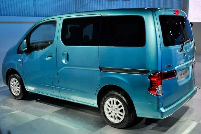 Sewa Mobil Nissan Evalia Di Jakarta