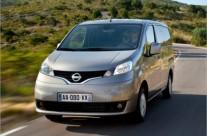 Sewa dan Rental Mobil Nissan Evalia